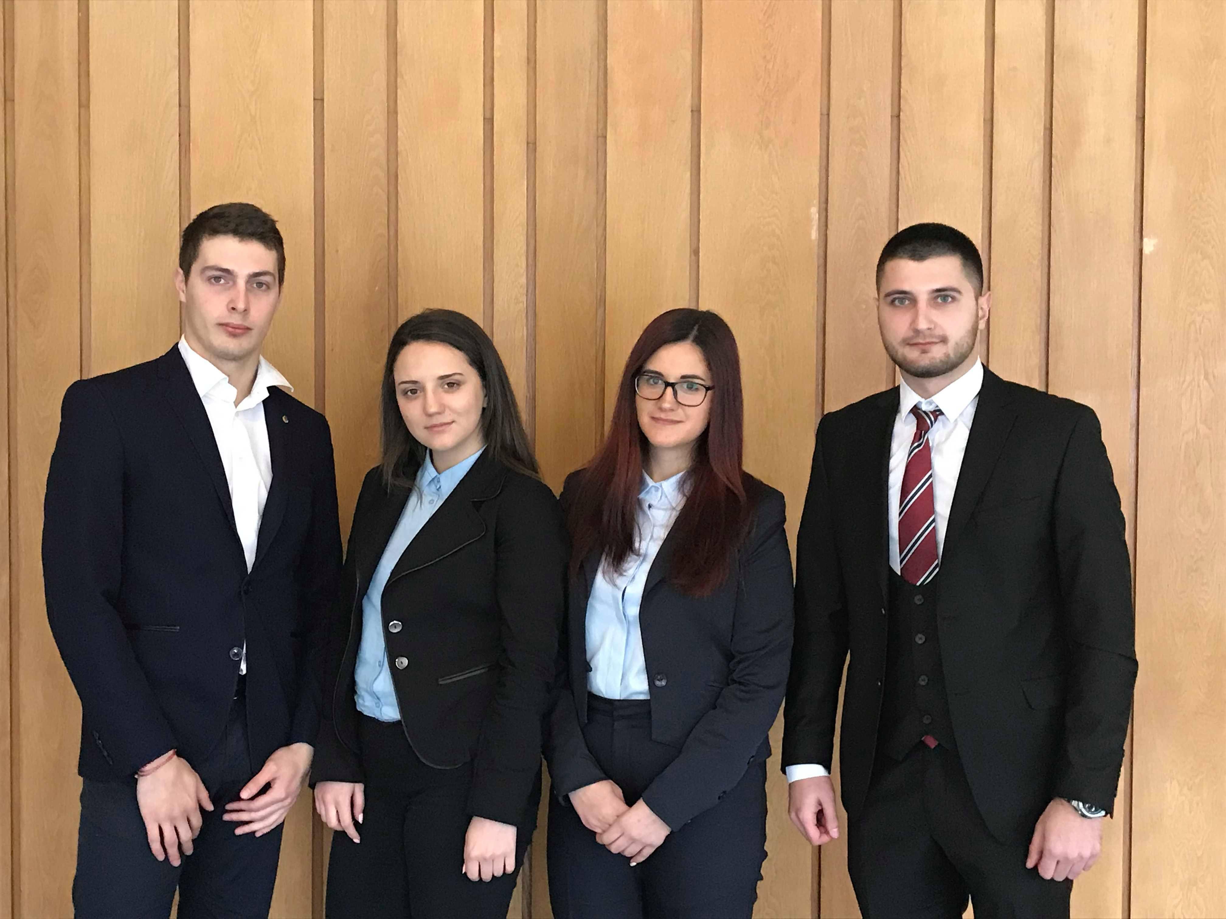 Призово класиране за свищовски студенти в национално финансово състезание: CFA Research Challenge (05.03.2018 г.)