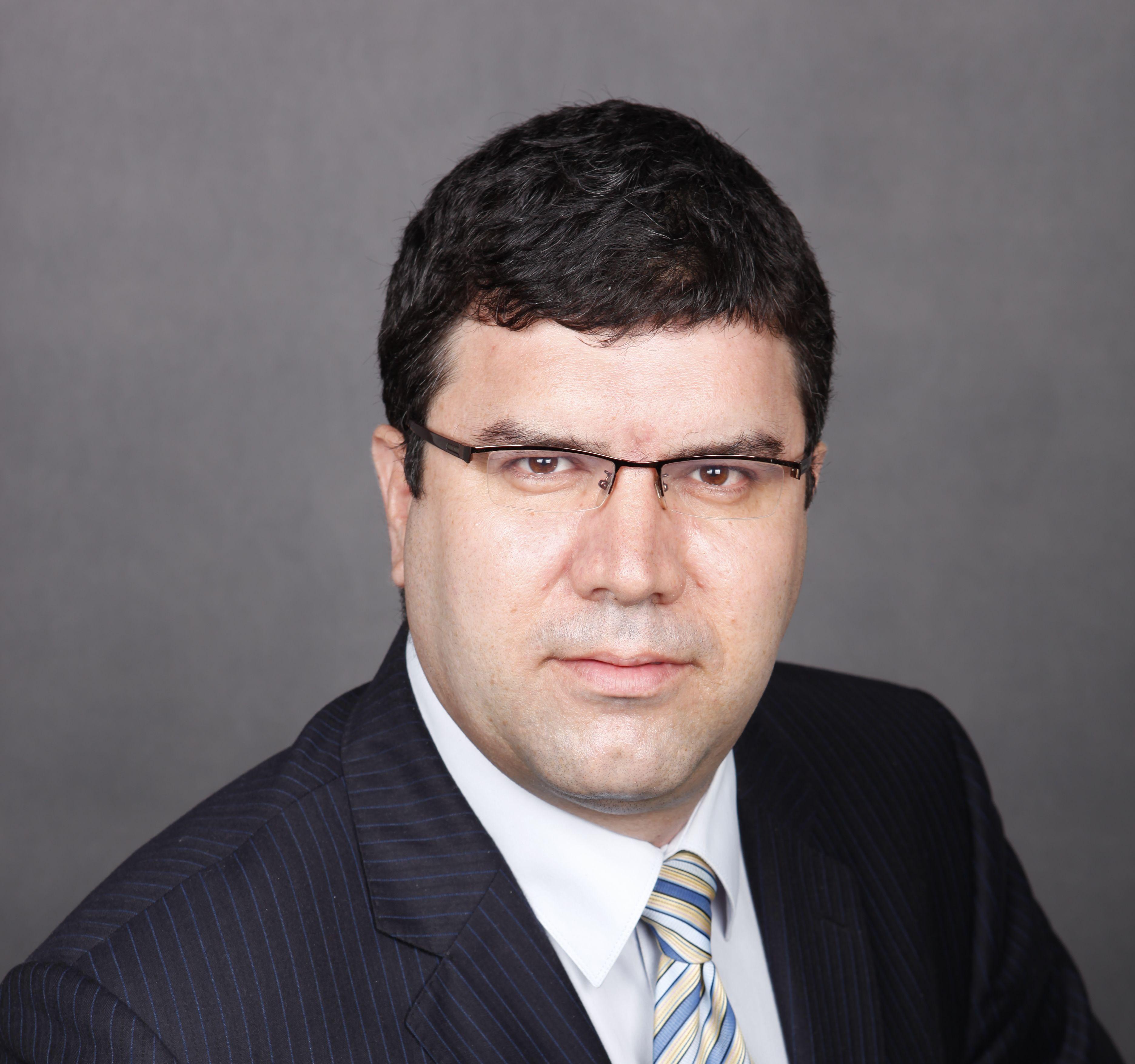 """Проф. д-р Андрей Захариев е номиниран за ректор на СА """"Д. А. Ценов"""" за мандат 2020-2024 год. (10.02.2020)"""